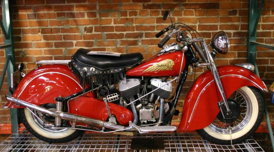 Classic Motorcycles - 1947 Indian Chief Twin-Cylinder